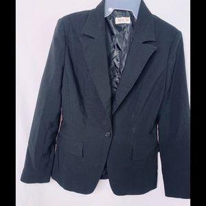 Black blazer size 3/4